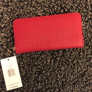 Steve Madden Red Wallet NWT